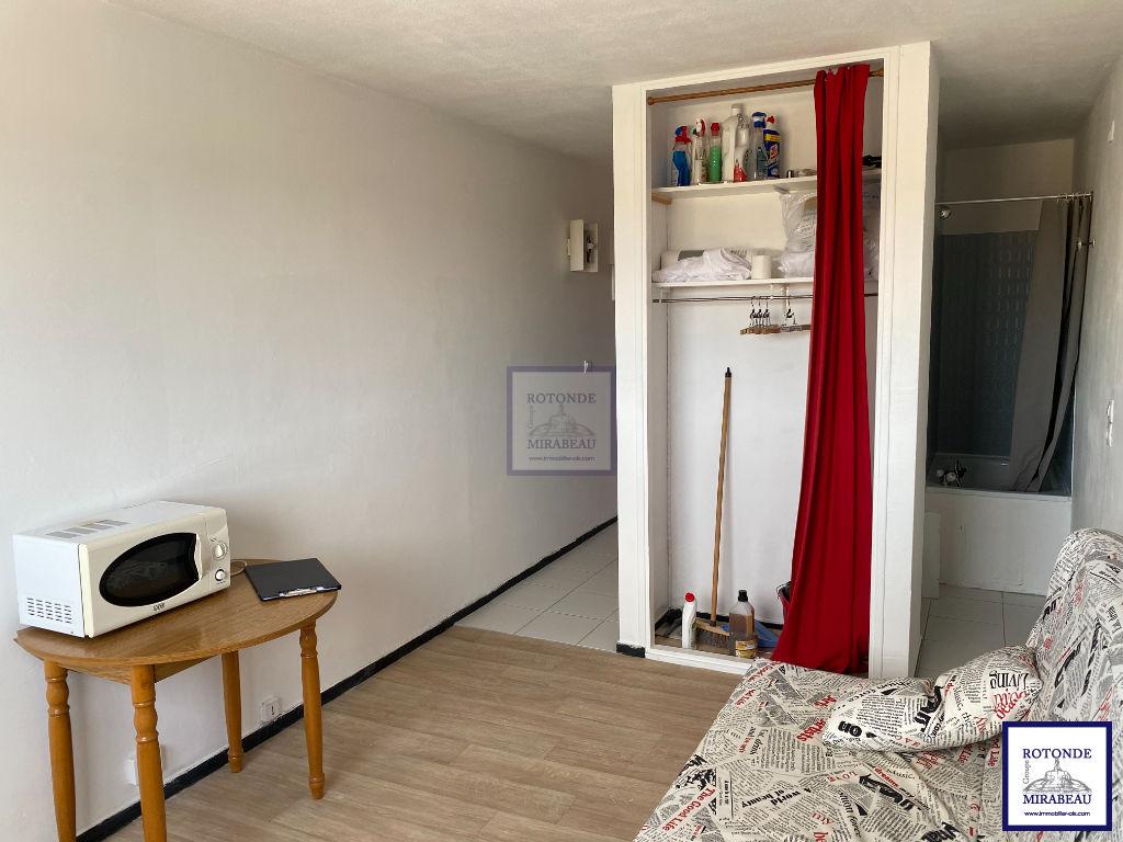 Location Appartement AIX EN PROVENCE surface habitable de 17.31 m²