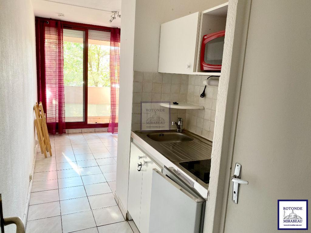 Location Appartement AIX EN PROVENCE surface habitable de 15.28 m²