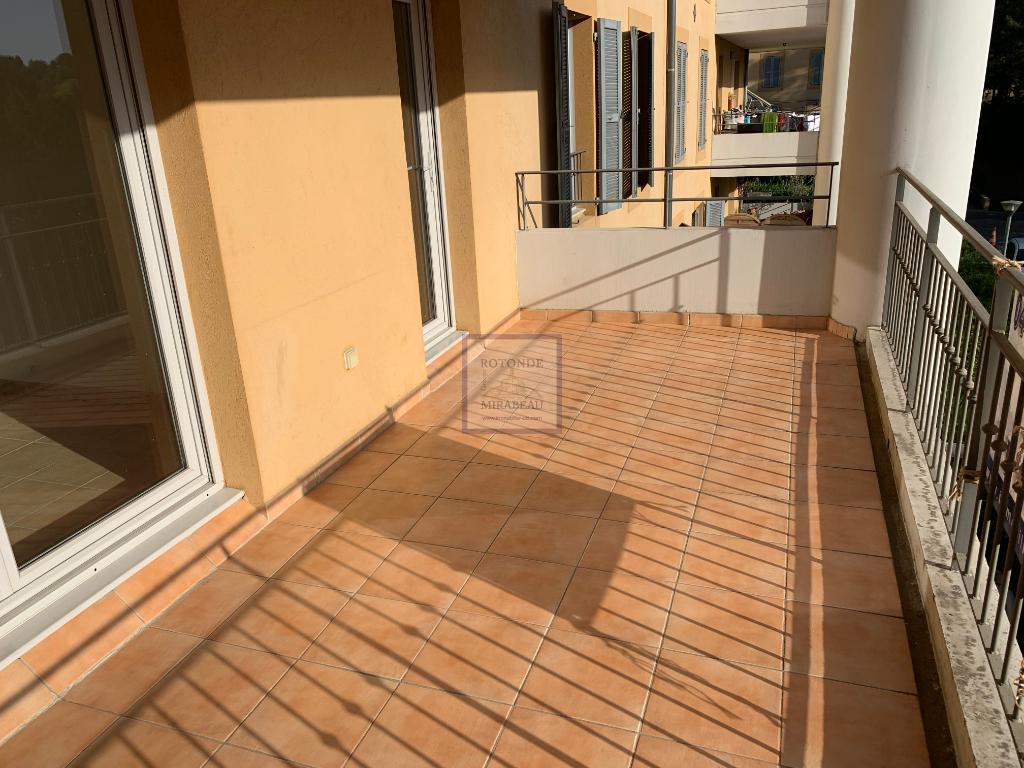 Location Appartement AIX EN PROVENCE 1 salles de bain