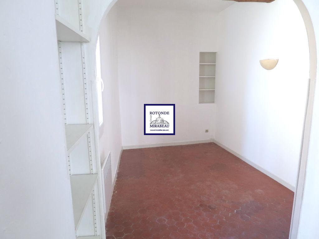 Location Appartement AIX EN PROVENCE surface habitable de 34.77 m²