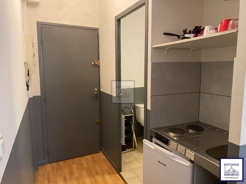 Location Appartement AIX EN PROVENCE surface habitable de 16 m²