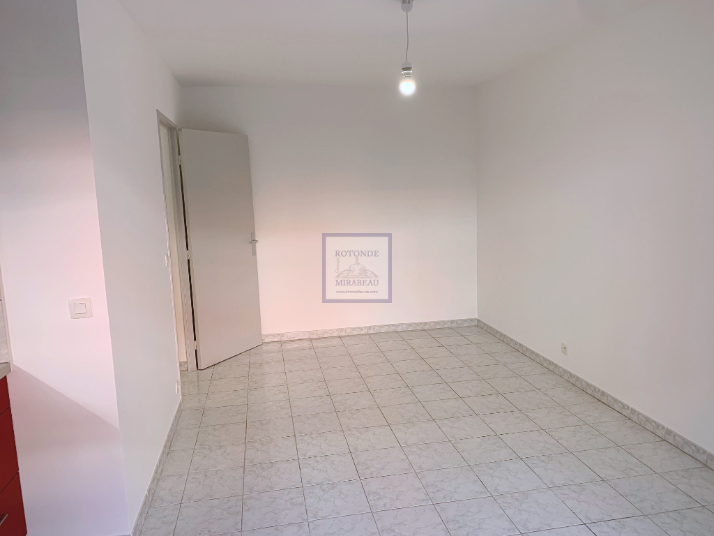 Location Appartement AIX EN PROVENCE surface habitable de 37.09 m²