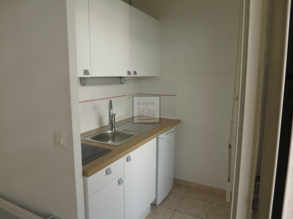 Location Appartement AIX EN PROVENCE surface habitable de 26.3 m²