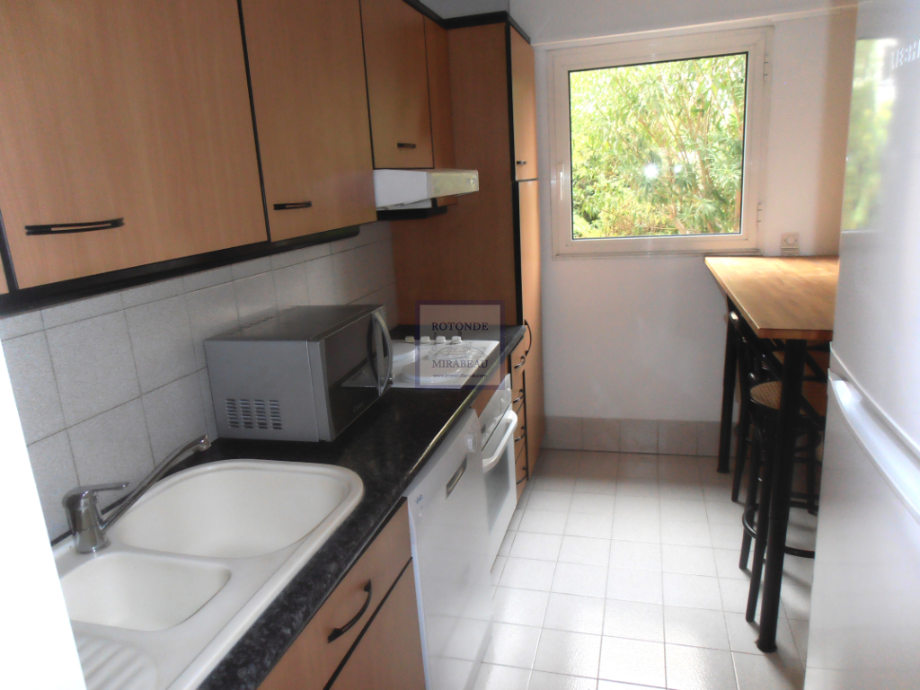 Location Appartement AIX EN PROVENCE surface habitable de 91.3 m²