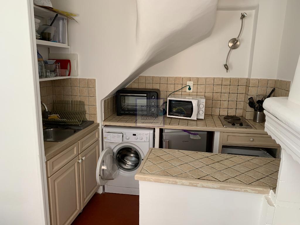 Location Appartement AIX EN PROVENCE surface habitable de 30.5 m²