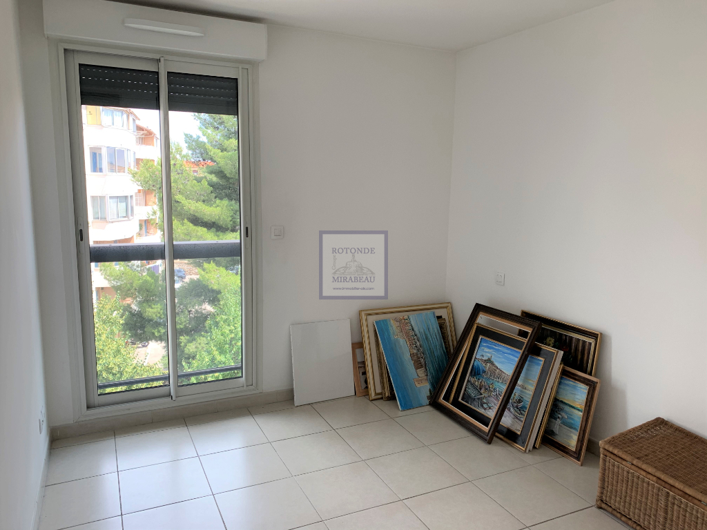 Vente Appartement AIX EN PROVENCE séjour de 33 m²