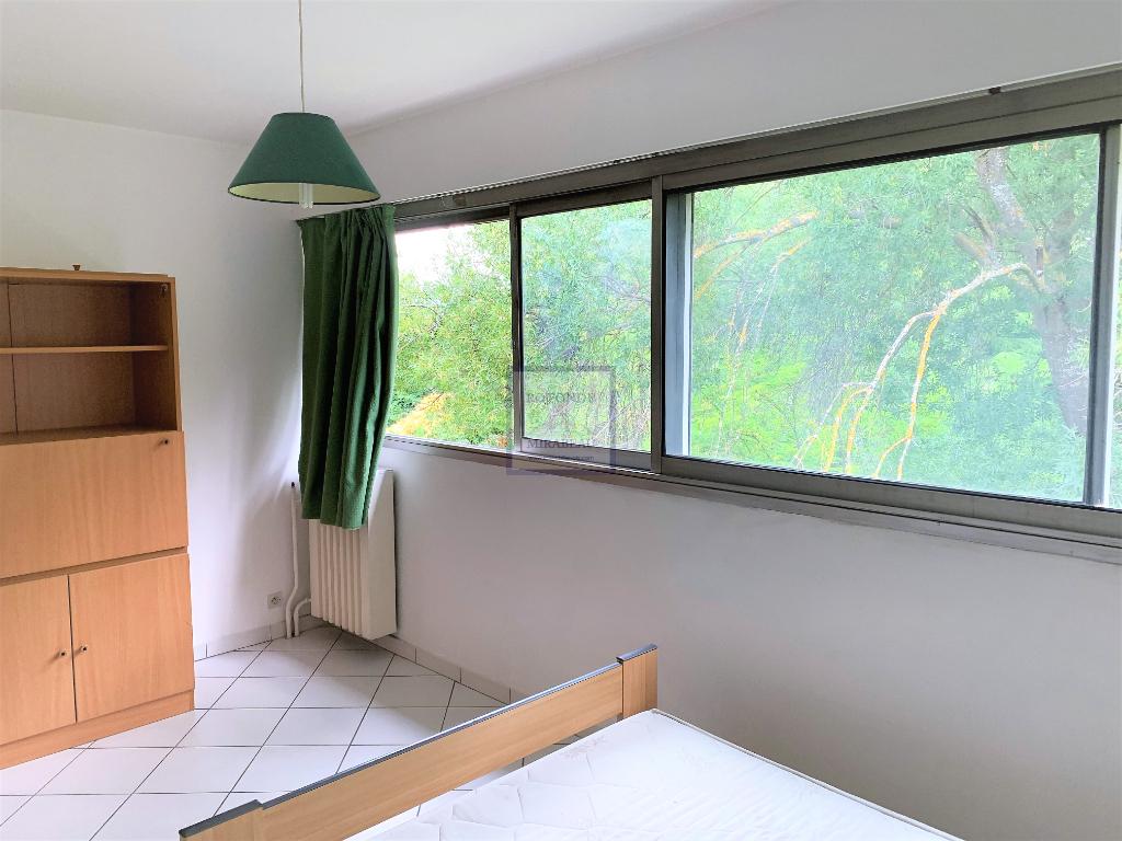 Vente Appartement AIX EN PROVENCE séjour de 19.79 m²