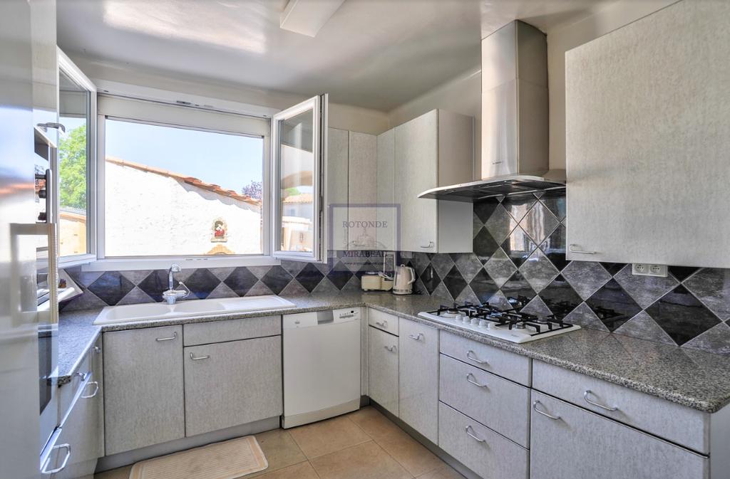 Vente Maison VENELLES surface habitable de 240 m²