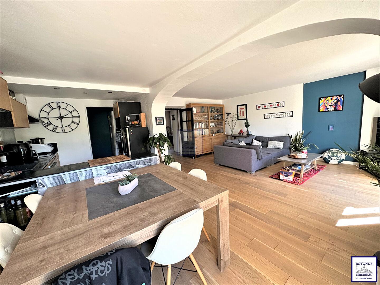 Vente Maison AIX EN PROVENCE séjour de 40 m²