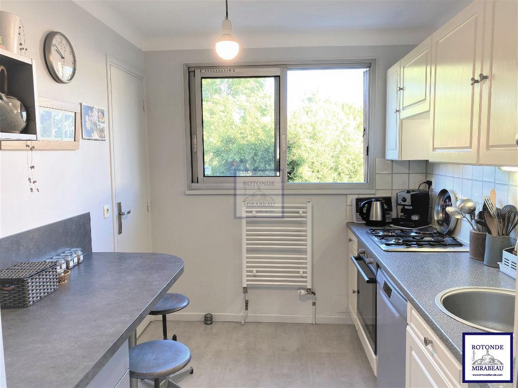 Vente Appartement AIX EN PROVENCE séjour de 24.87 m²