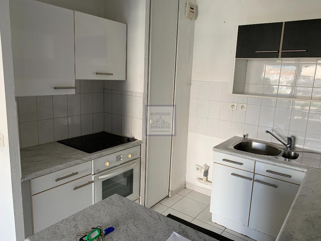 Location Appartement AIX EN PROVENCE surface habitable de 45.33 m²