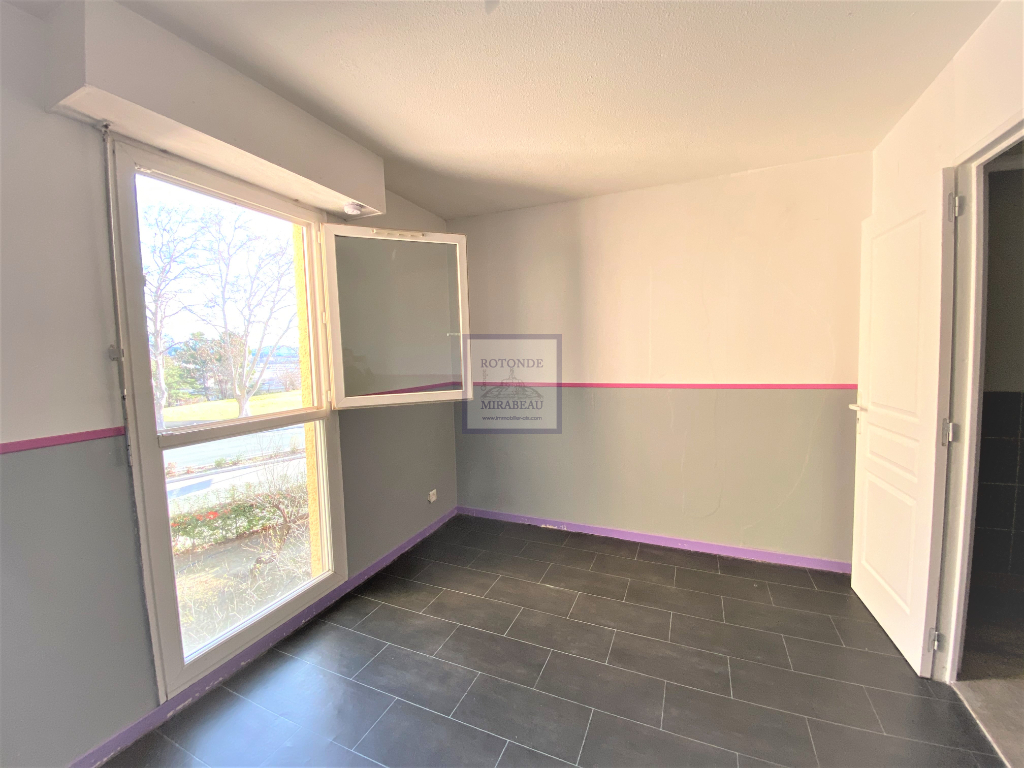 Vente Appartement AIX EN PROVENCE séjour de 28.32 m²