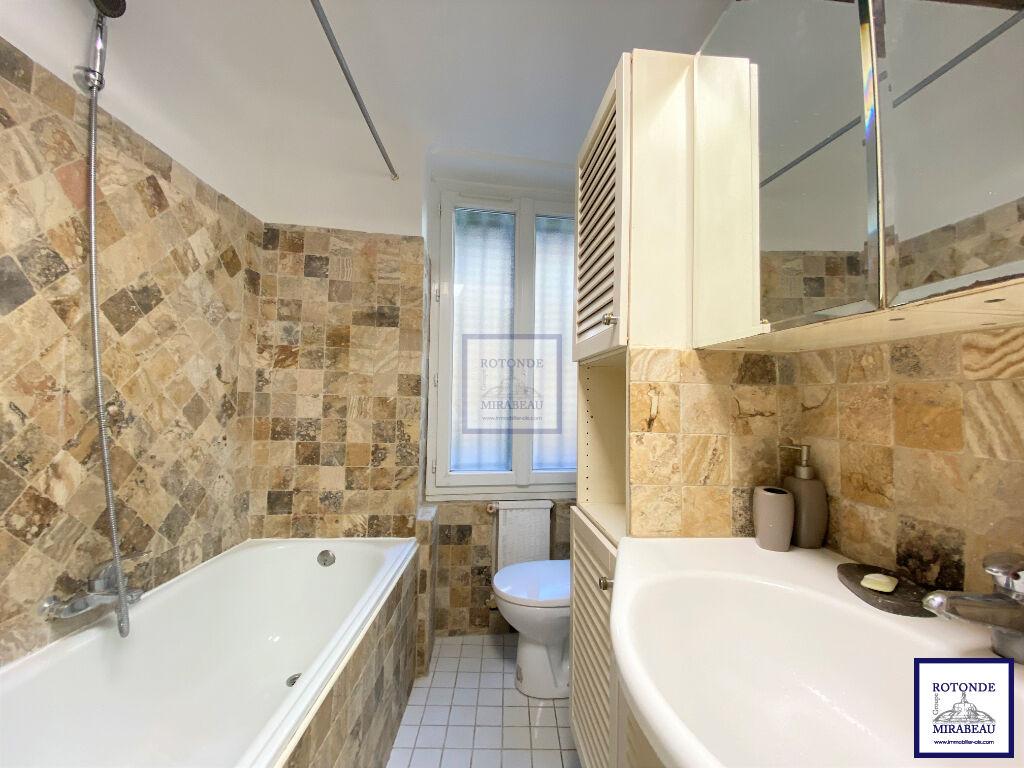 Vente Appartement AIX EN PROVENCE séjour de 20.6 m²