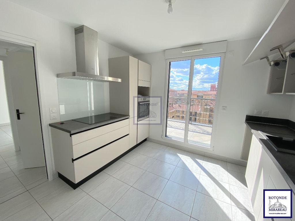 Location Appartement AIX EN PROVENCE surface habitable de 111.84 m²
