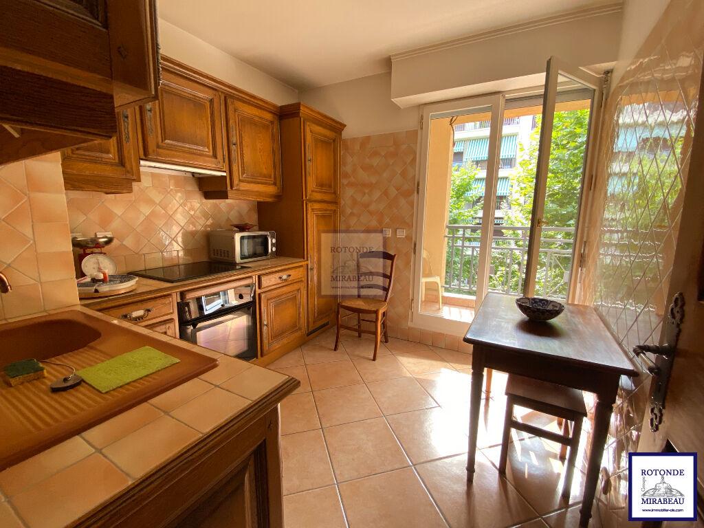 Vente Appartement AIX EN PROVENCE séjour de 34.07 m²