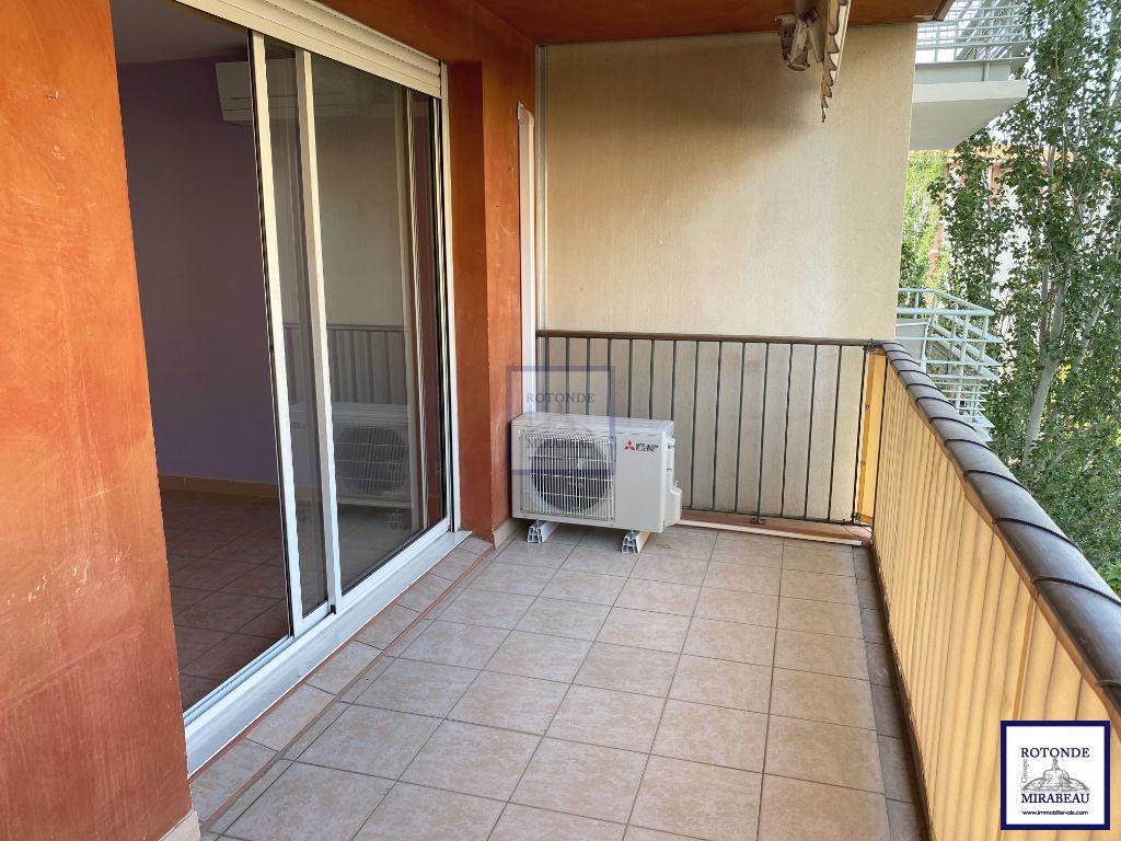 Location Appartement AIX EN PROVENCE séjour de 22.15 m²